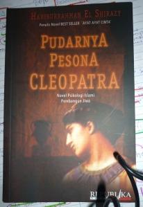 PUDARNYA PESONA CLEOPATRA~Part 1